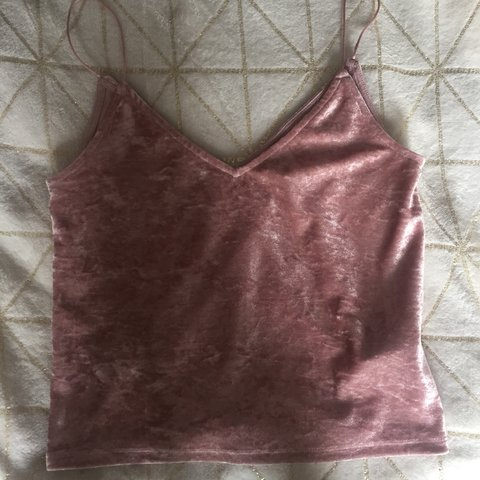 7d0fcb9c5d47f2 Pink crushed velvet strappy top from H M £5  h m  pink  top - Depop