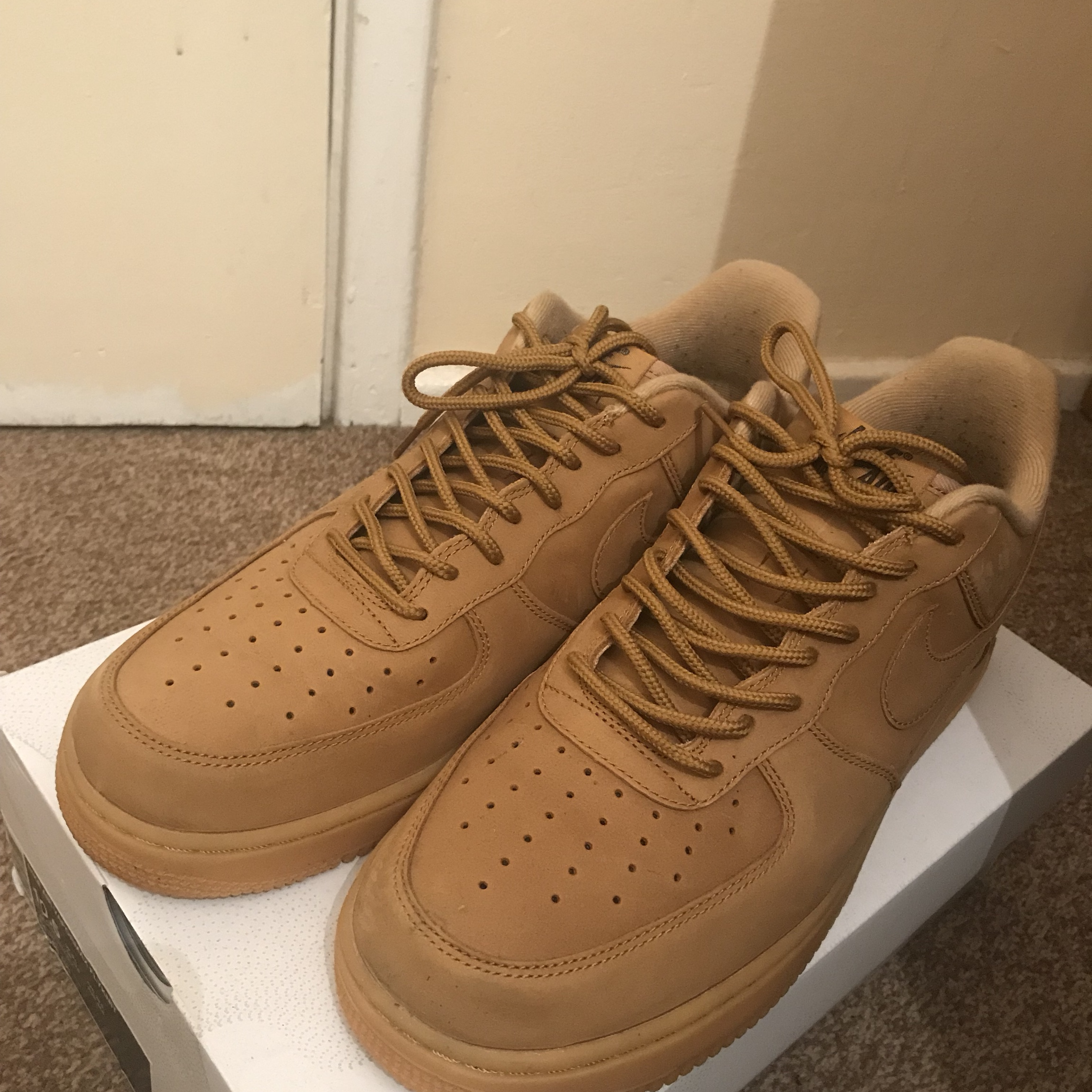 nike air force 1 07 low wb flax wheat