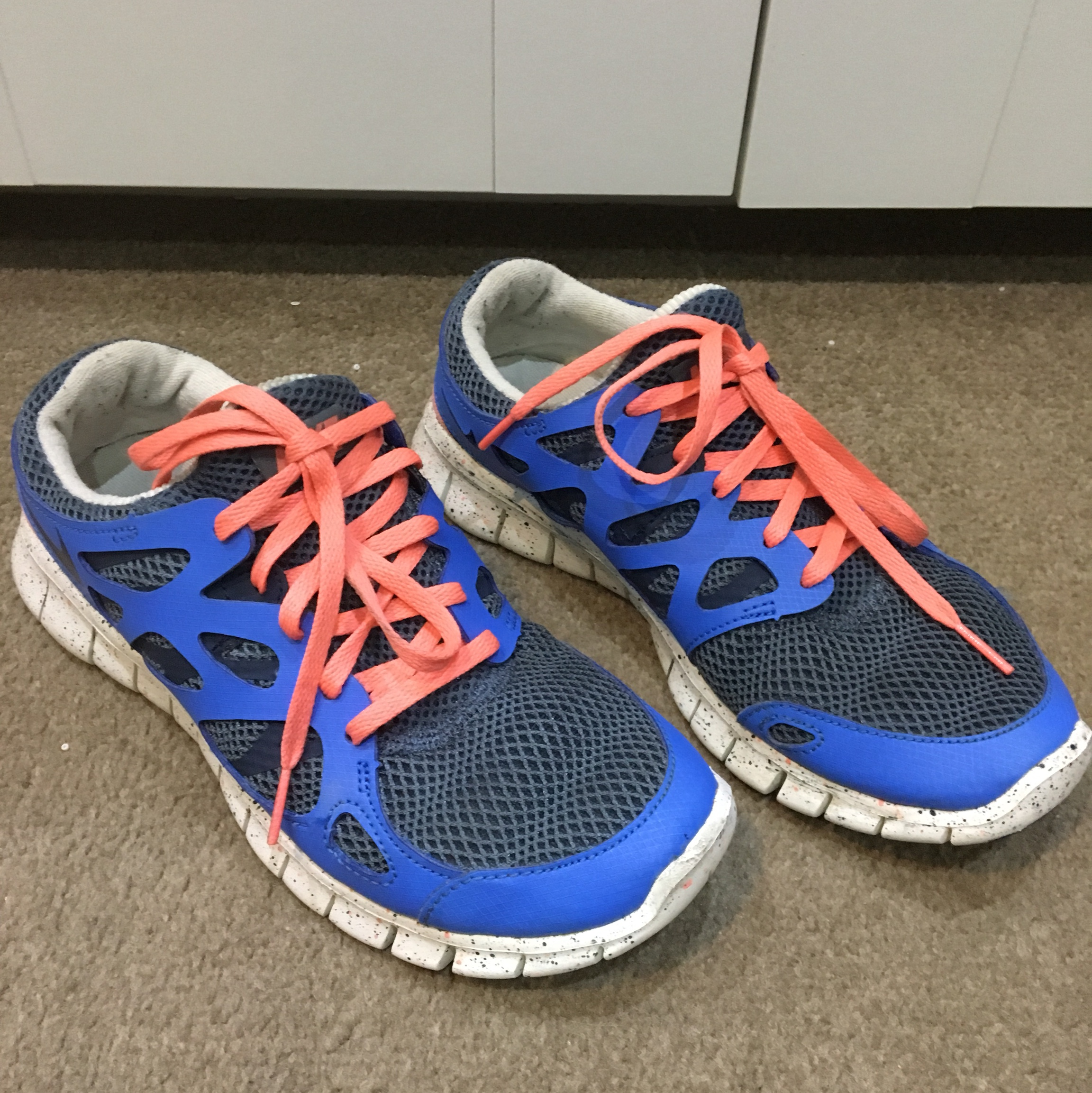Nike running trainers Blue with neon