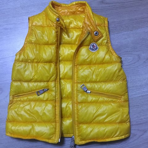 yellow moncler bodywarmer