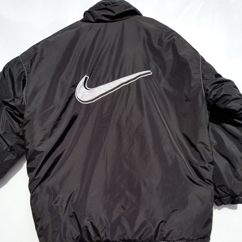 4aa6fa3b6ee4 Vintage Nike Reversible 3m Jacket Puffer Sz Medium. This big - Depop