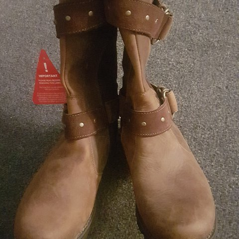 27bec37a931 @jazb1. last year. Leicester, UK. Genuine Timberland Ladies Boots Size 5.  Brown in colour