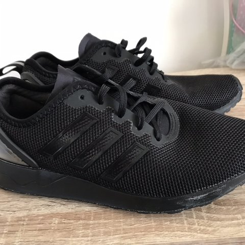 6e2ca11e14494 Adidas zx flux racer trainers size 5 perfect condition - Depop