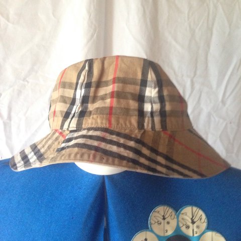 c85d5b72ed743 Burberry reversible bell bucket hat...think it s size - Depop