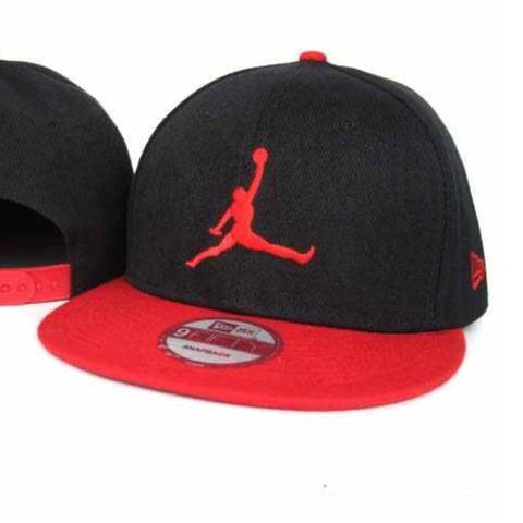 ❌Red and black Jordan SnapBack❌ ✖️8 10 condition✖ ❌perfect ... 031f45f3b83
