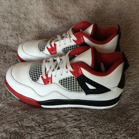 fcc5e02dd24f66 RETRO FIRE RED 4s!!! Black white and red 4s! Purchased at in - Depop