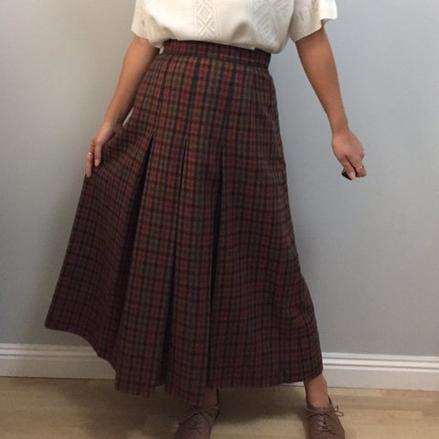 79e08224212b @myvintagewardrobe. 8 days ago. Reading, United Kingdom. True Vintage  designer AQUASCUTUM wool checked midi skirt.