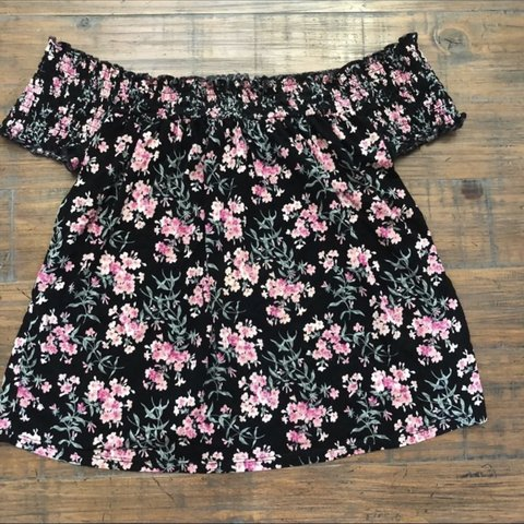 0c306644398b89 @alainajaclyn. 4 months ago. Youngsville, United States. aeo soft and sexy off  the shoulder black floral tshirt style blouse. ...