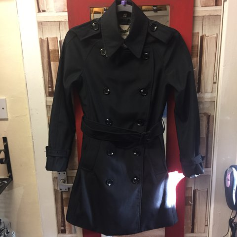 aaf772081 @epoca_modern_era_vintage. 2 years ago. Edinburgh, United Kingdom. Burberry  trench coat, used but in great condition (as new) ...