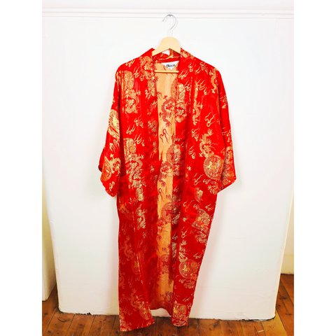 9acd1ea8e42b Traditional red kimono with gold dragon pattern, this item a - Depop