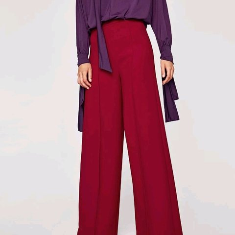 2d1c7a38 @csoile. 11 months ago. London, Greater London, United Kingdom. Brand new  Zara maroon Wide-leg trousers XL