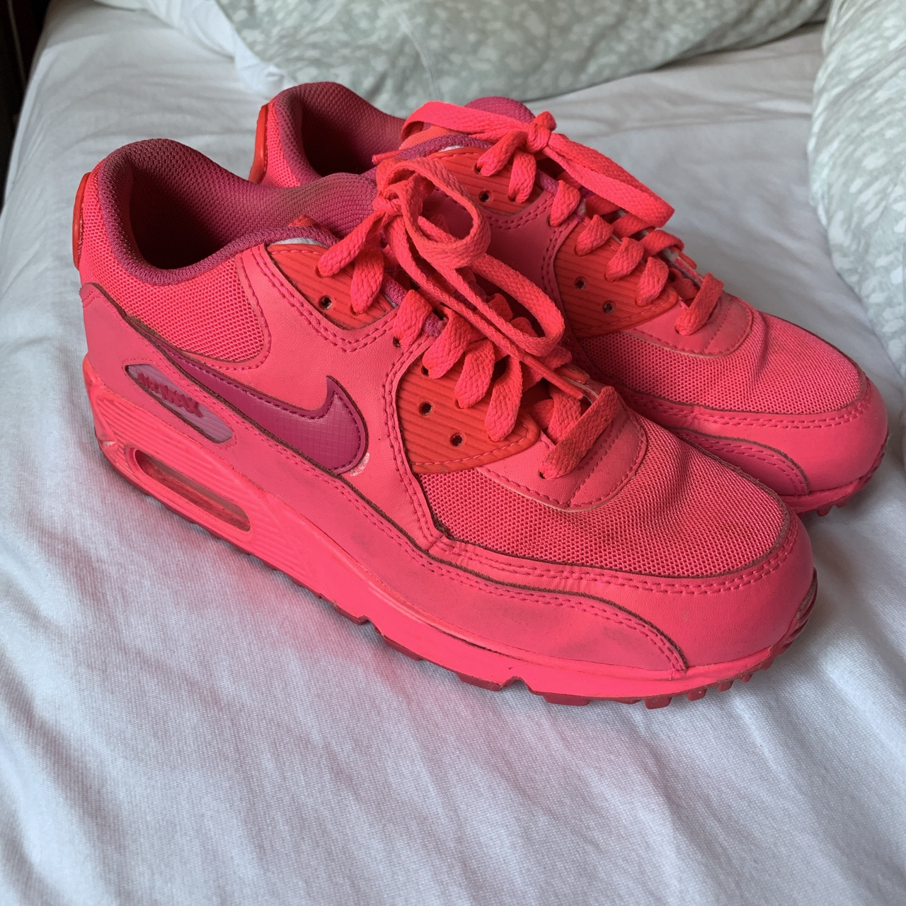 official photos 4d02b e1289 BRIGHT PINK NIKE AIR MAX 90 UK SIZE 5 - Depop