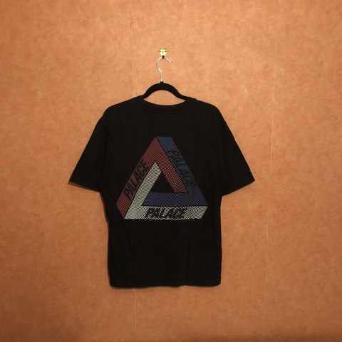 e3beb0bd86ad 🇬🇧Palace Tri line brit t shirt 🇬🇧Rare hard to find Tri - Depop