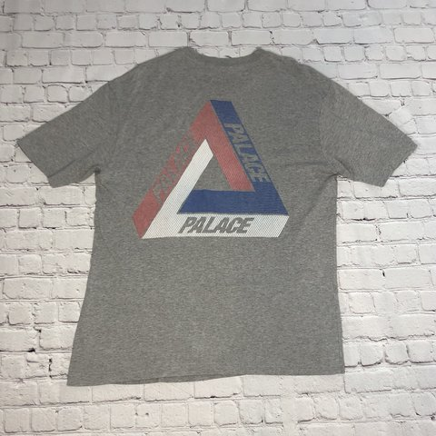 e453b0e1edfb 👕Palace Tri Line Brit T Shirt ◾️Rare hard to find Tri no - Depop