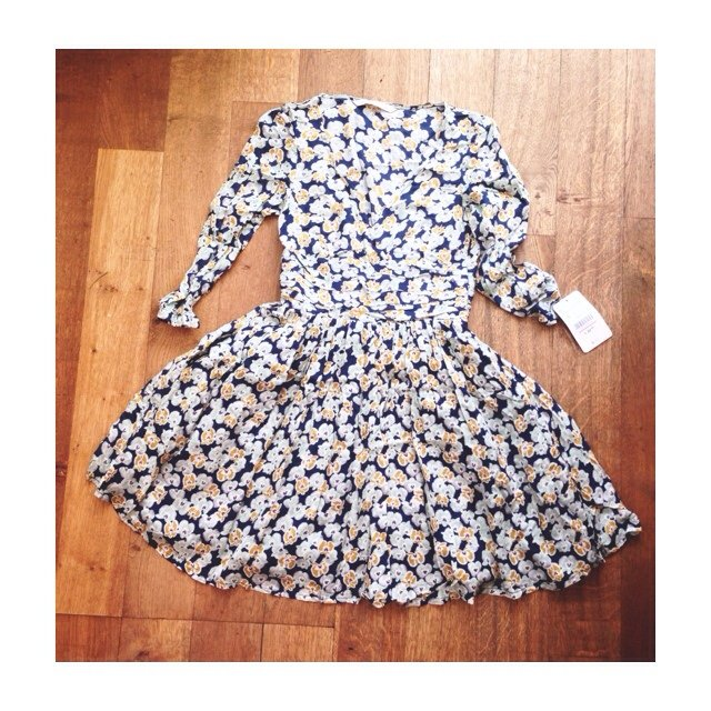 fb59707f @chloeloveallotey. 5 years ago. Woodford Green IG8, UK. Zara Dress, size  small, new with tags ...
