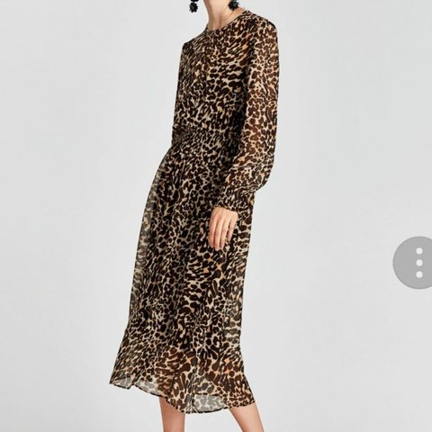 b445e0b367ad Brand new with tags - Zara animal print dress. Size XS. Paid - Depop