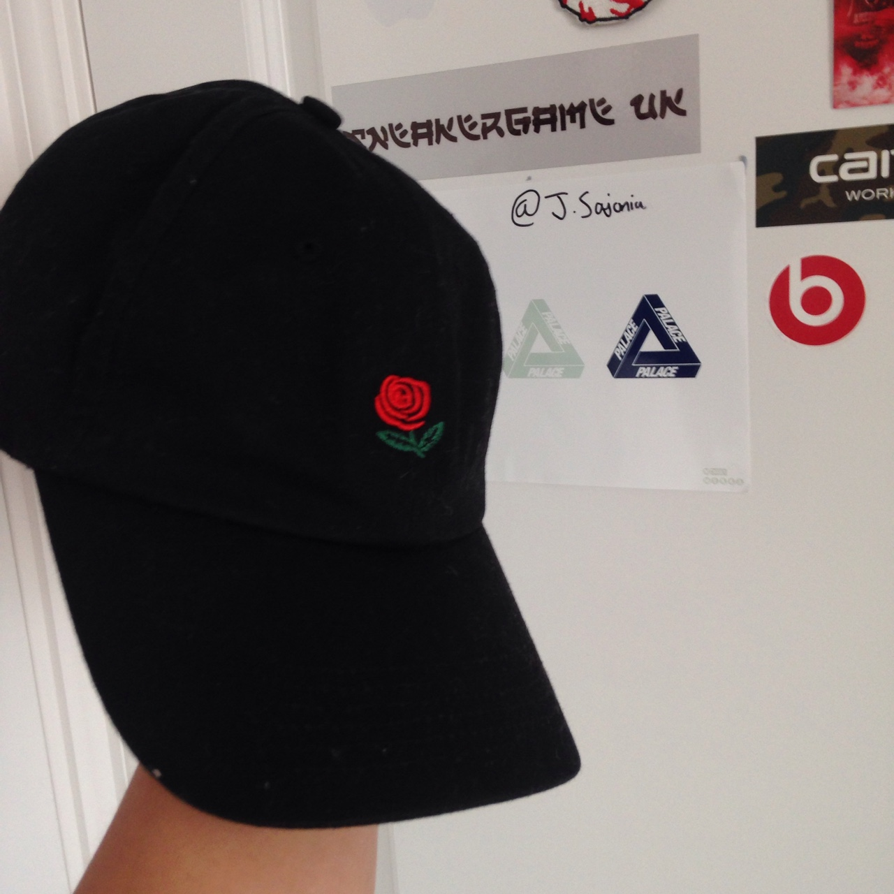 f47157e68 Selling the hundreds rose cap £10 Condition is... - Depop