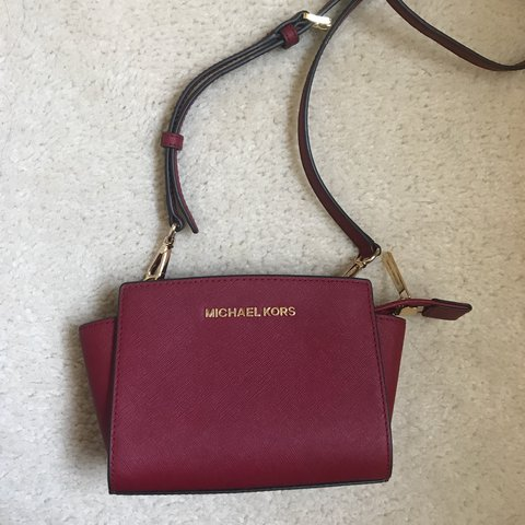 53ee43573a59 Dark red Michael Kors crossbody bag Structured shape with in - Depop