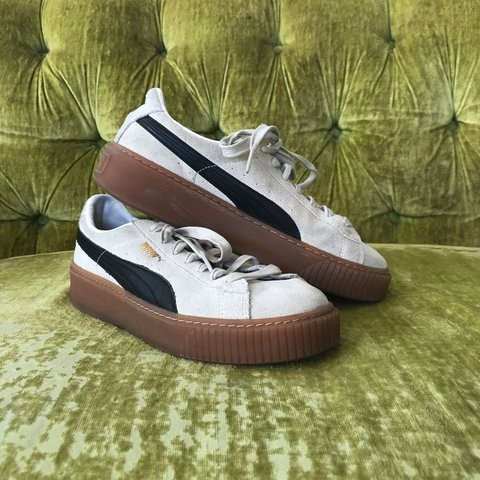 60d7345c456ee6 Off white and black Puma Suede ✨ very lightly worn