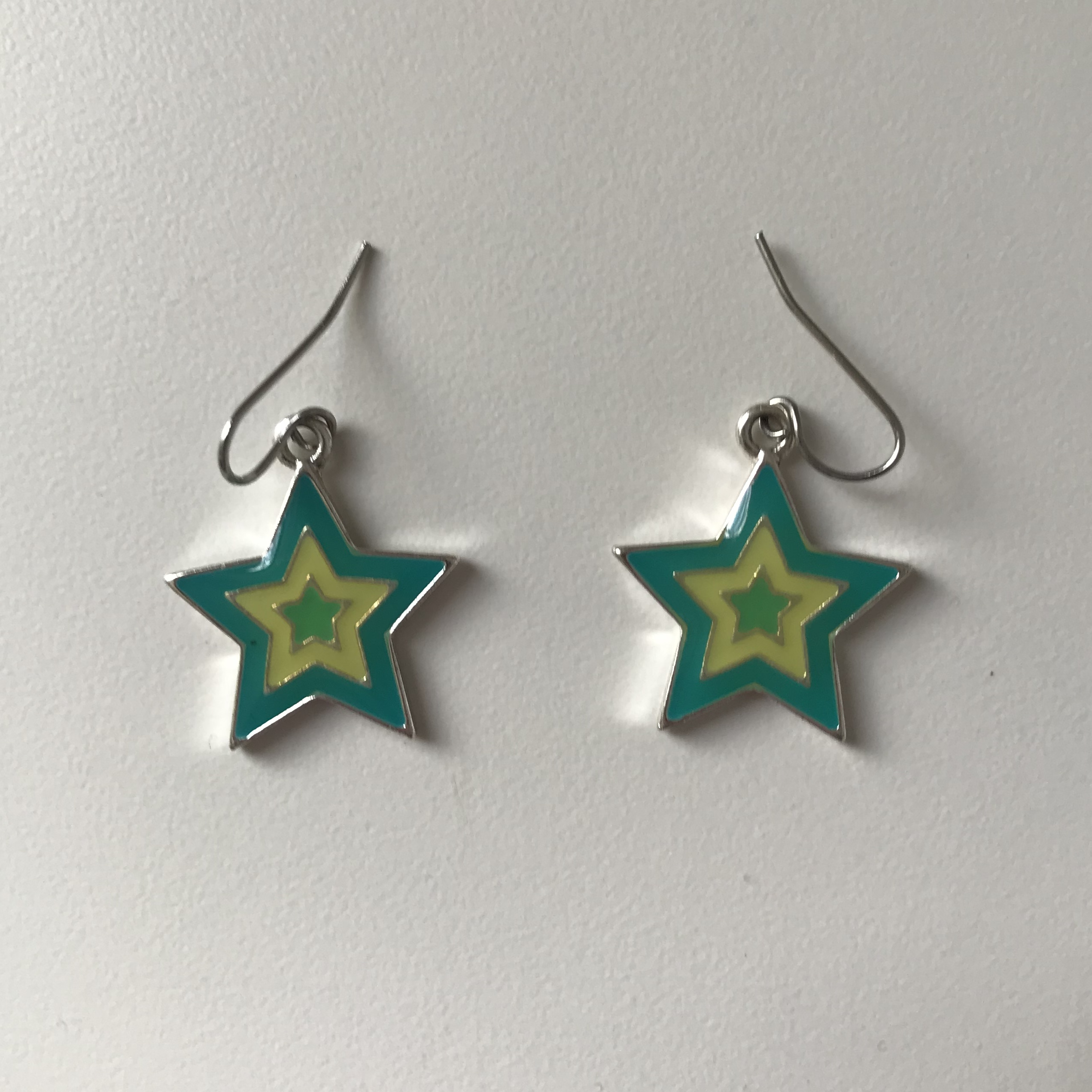 Retro Star Earrings ⭐️  Free Shipping    Tags ( by Depop