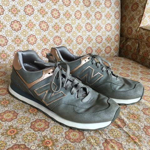 713d2fd9cae6 New Balance Women s 574 gray and rose gold. Barely worn