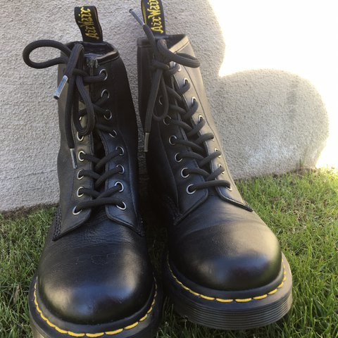 6d32b906 @emily_m1202. 2 years ago. Phoenix, United States. • Dr. Martens AirWair  boots • 1460 Greasy • Color: Black Greasy