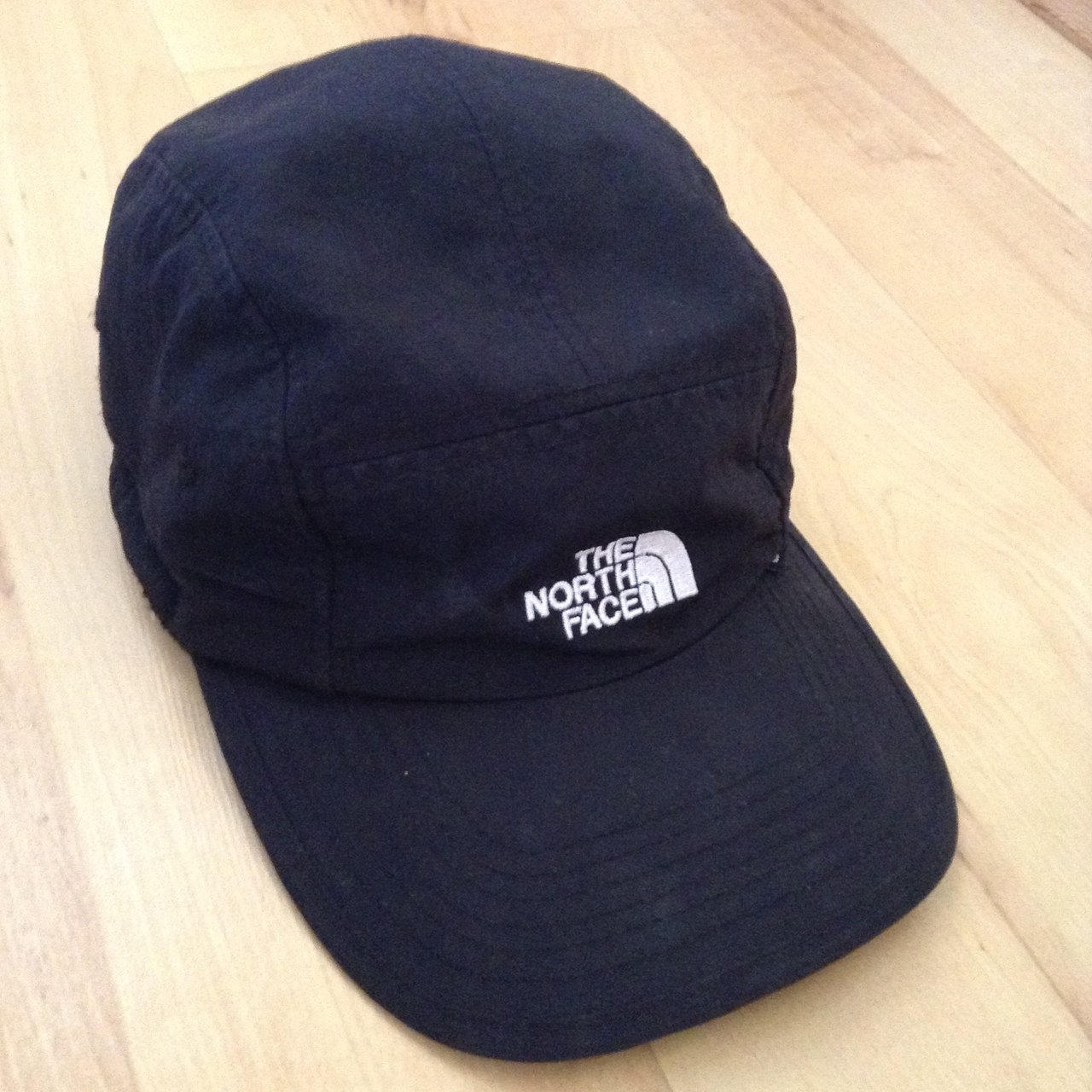 Vintage The North Face 5 Panel. Adjustable size 92716c85ea6