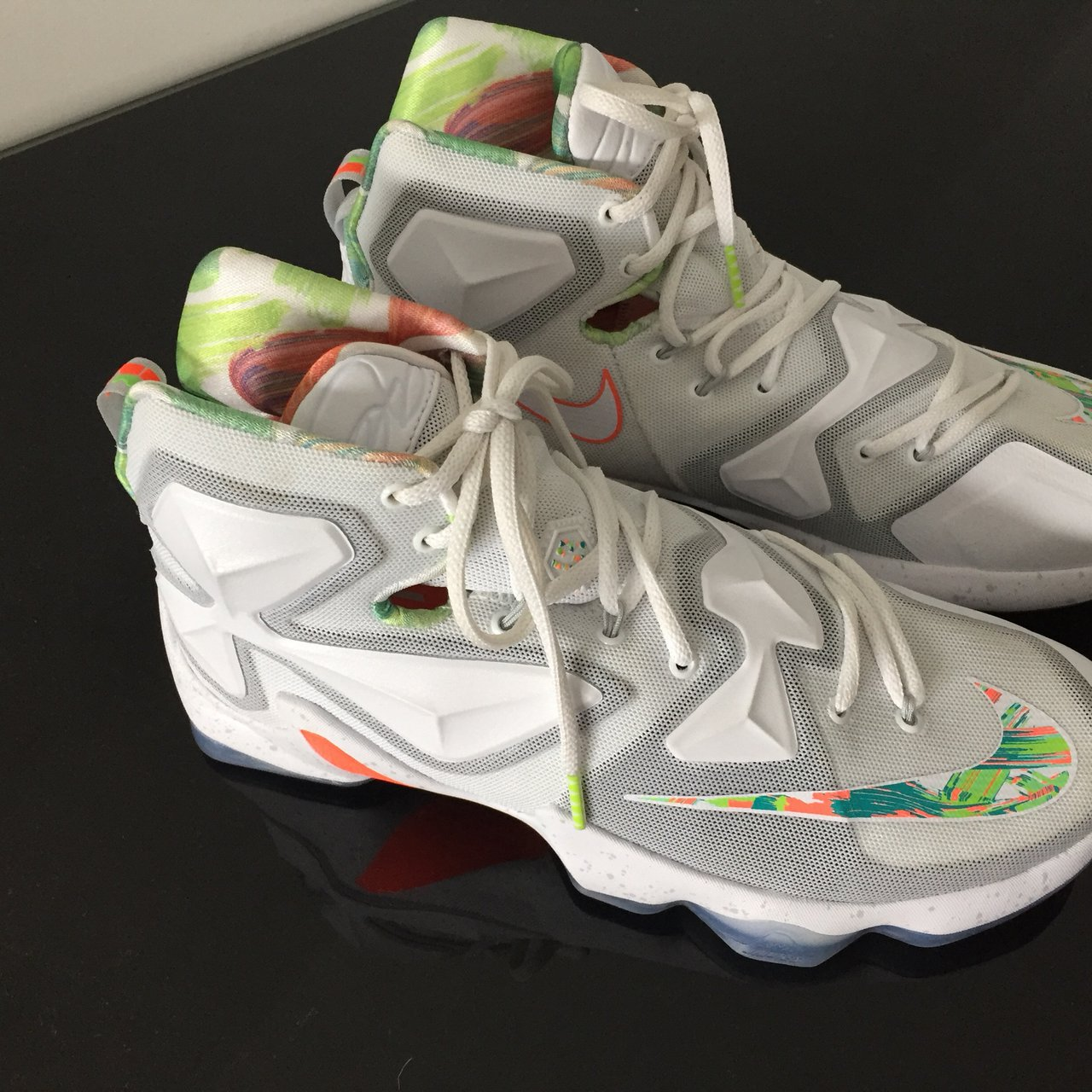 c61823d70f0 LeBron 13 - Easter Nike Basketball 9.9 10 condition