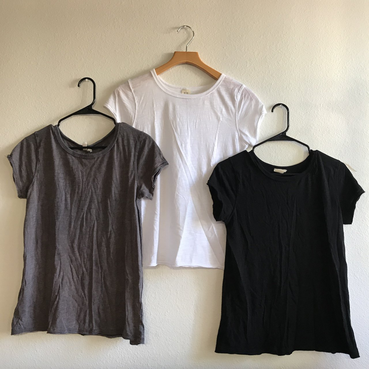 840852345d959 Free People Basic Tees Material