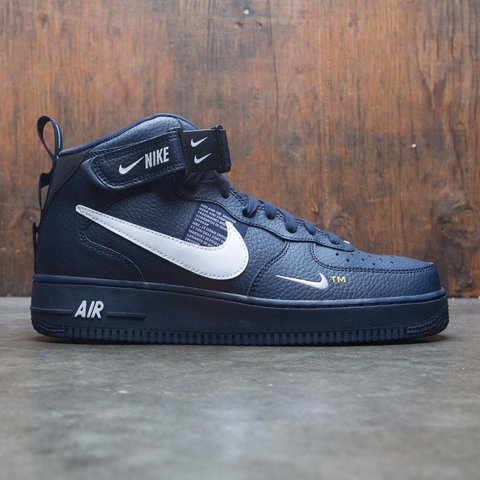 4b3357477b96 NIKE AIR FORCE 1 MID  07 LV8 UTILITY Model number 804609 in - Depop