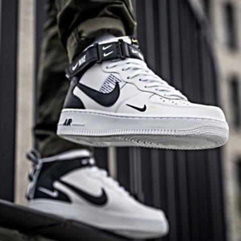 cheaper 87d06 cdff3  carlssso. 3 months ago. London, United Kingdom. NIKE AIR FORCE 1 MID  07  LV8 UTILITY (WHITE) Model number 804609 103
