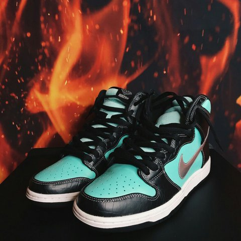 4c5dfd950c9a Nike SB Tiffany Dunk High Condition VNDS Size  nikesb  vnds - Depop