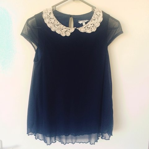 8fa8e21bc6ef06 Cute navy blue blouse with a patterned collar. Worn twice, 6 - Depop