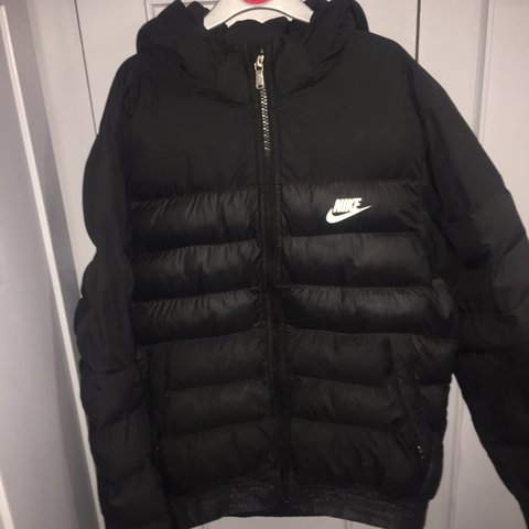 a81bf36345dc Boys Nike padded jacket age 12-13 years👍🏻 Hardly in Great - Depop