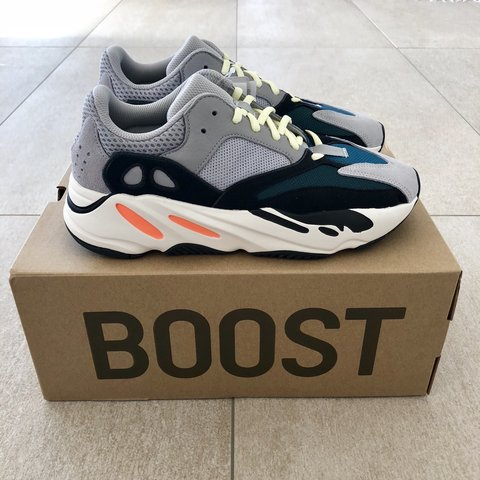 "a83a2fa80d9f8 Adidas Yeezy Boost 700 ""Wave Runner"" - US9 Condition  DS"