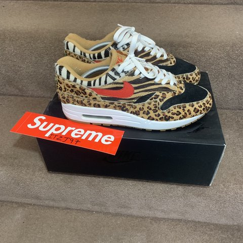 b4f50813b6 Nike airmax 1 atmos 🦁 UK8 9/10 condition worn a couple of - Depop