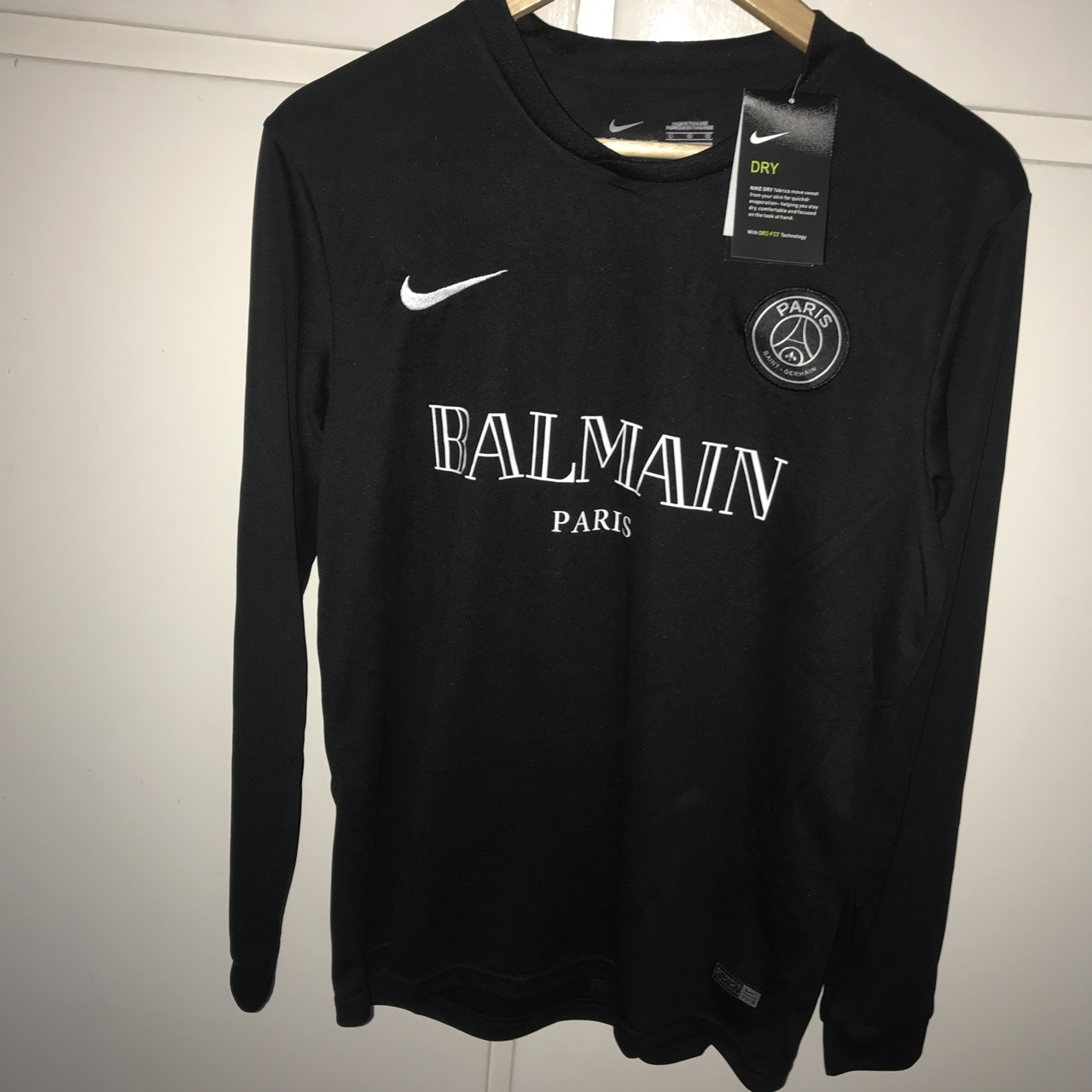 newest collection 61848 5f7fd Nike x Balmain PSG shirt Large Long sleeve Nike... - Depop