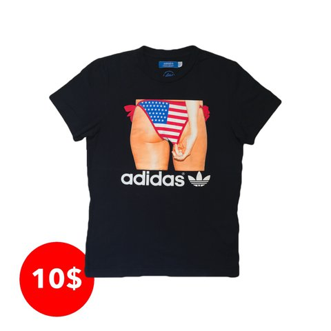 edbc7bd531 Adidas Original Graphic Print T-Shirt. 100% Cotton Men s but - Depop