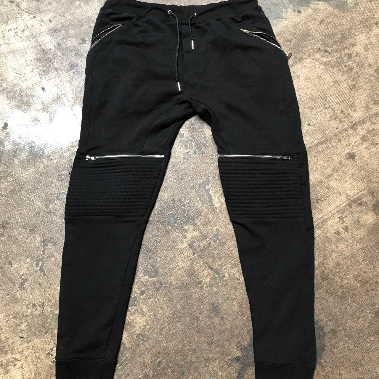 1179bd9ae8 Black Zara men's joggers with zipper pockets,... - Depop