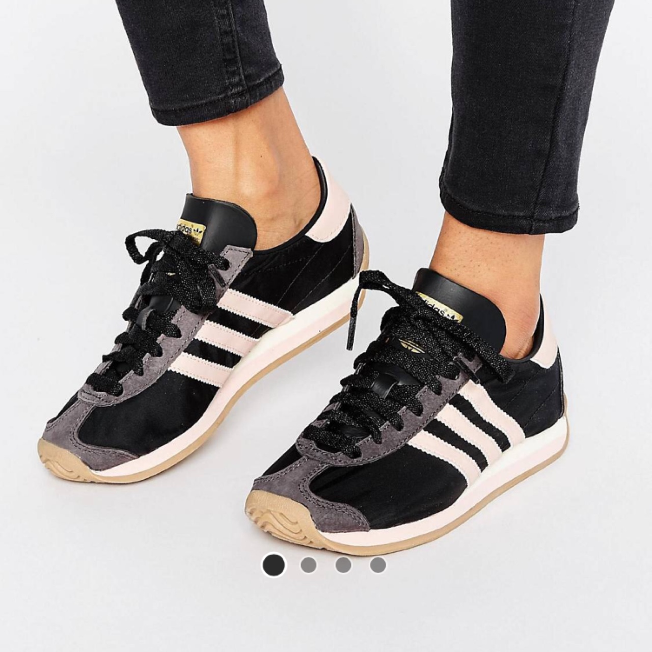Adidas country OG trainers size 4 only worn once, in...