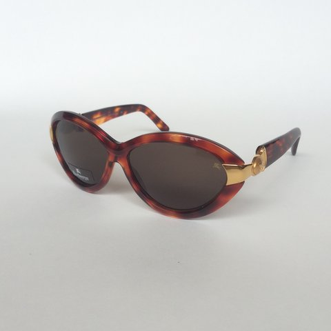 78faad26e9 WANT GONE OLD BRAND NEW BURBERRY SUNGLASSES