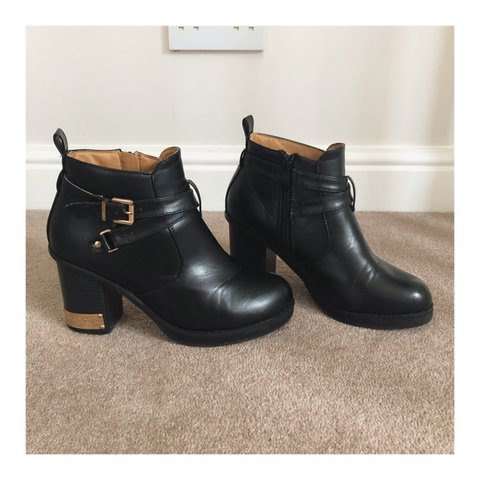 0eab12986a ✖ Black heeled ankle boots with gold detail ✖ Size 5 and - Depop