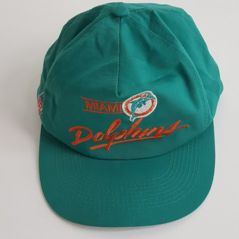 0d7fd6bf @1983alex. last year. Reading, Reading, United Kingdom. Vintage miami  dolphins snapback trucker cap