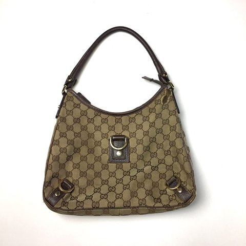 6c7103e0860 Authentic vintage Gucci Hobo Handbag This bag is awesome - Depop