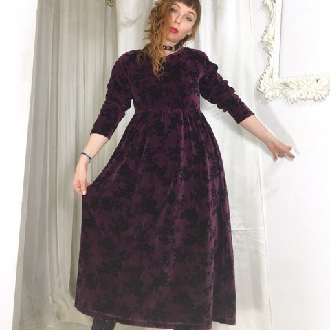 1d751901140d @marymilk. 3 months ago. Baltimore, United States. Beautiful deep plum velvet  maxi dress with a black ...
