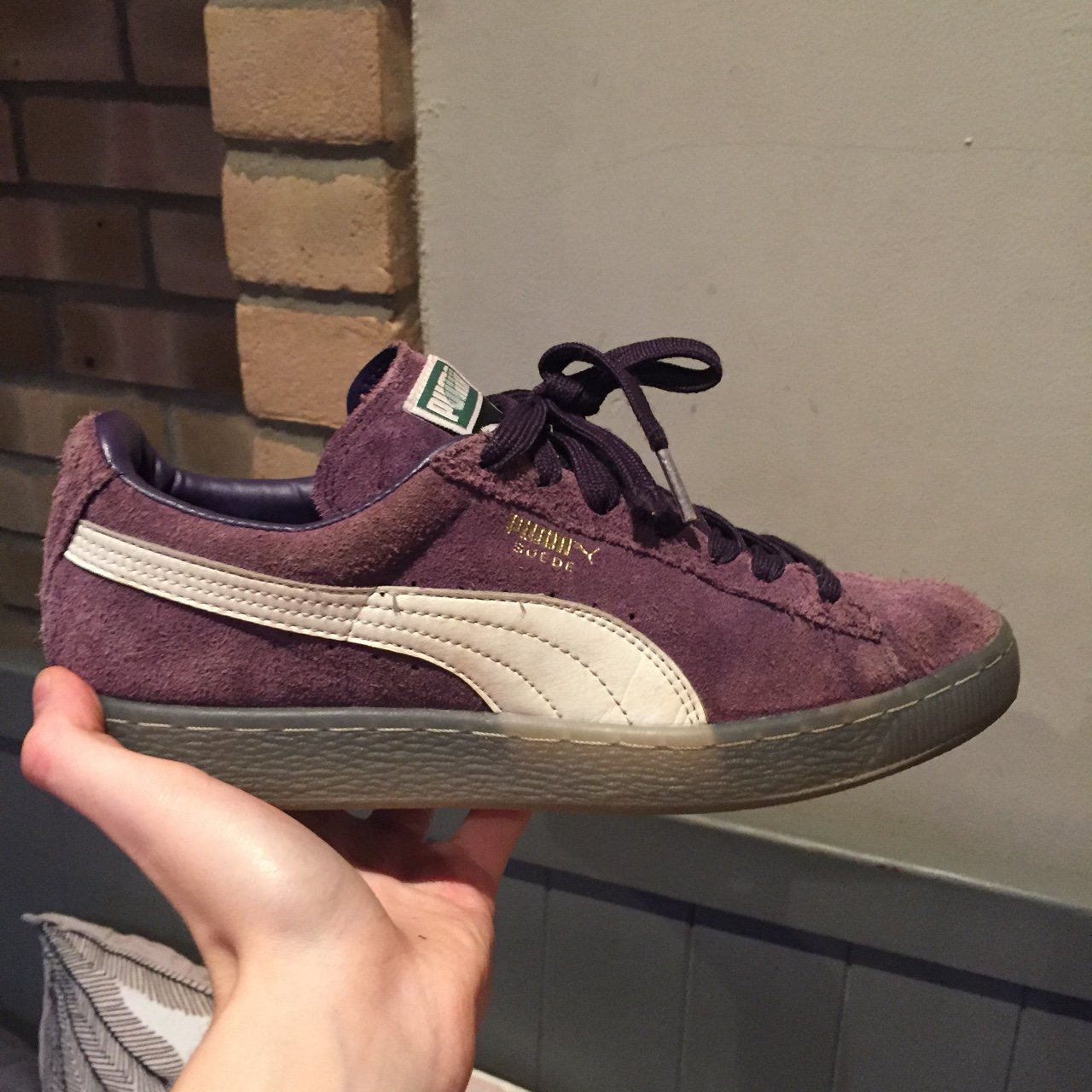 ce79ac3a9085c0 Very well worn Puma Suede shoes-size 6