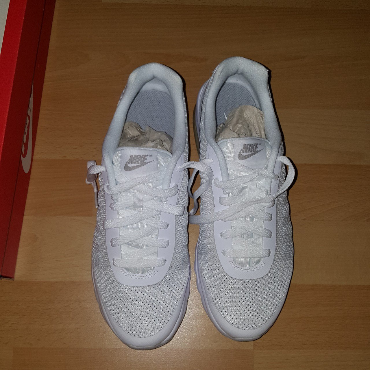 b2c117378 Nike Air Max They were a present and i am not a huge fan of - Depop