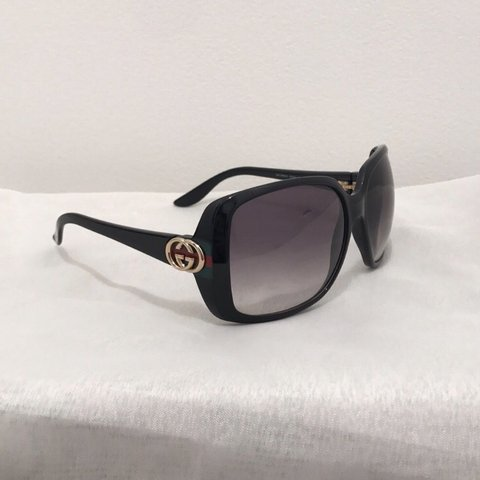 7ce1b69e9cbc5 GUCCI GG3166 S D28JJ 59 15 115-. Authentic sunglasses. Gold - Depop