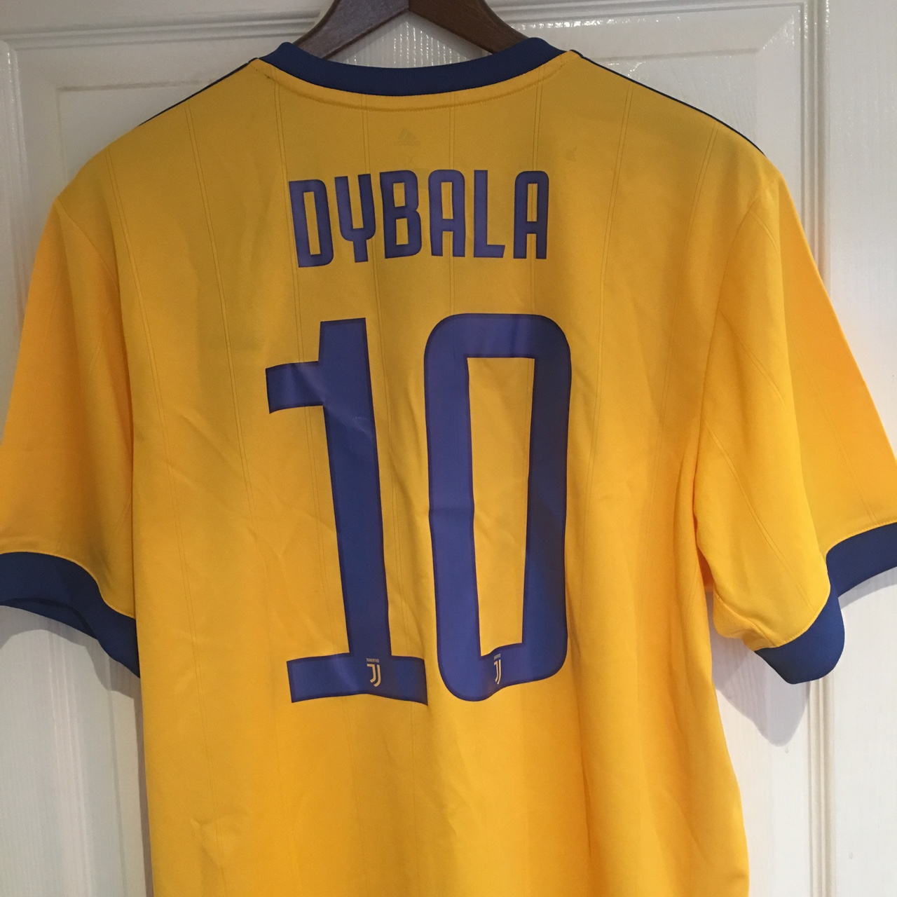 low priced 69cf3 3bad1 Juventus away kit 2017/18 Yellow and blue Dybala... - Depop