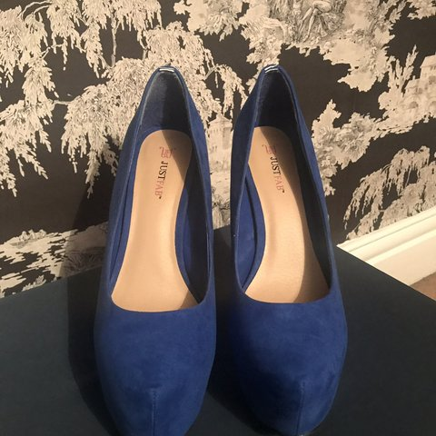 b2dd3093681 JUST FAB cobalt blue platform heels.  justfab  blueheels - Depop